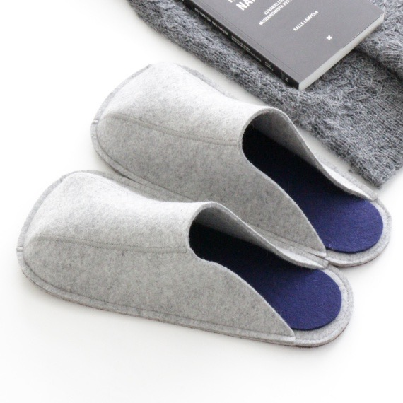Natural light grey Unisex slippers (S, M, L)