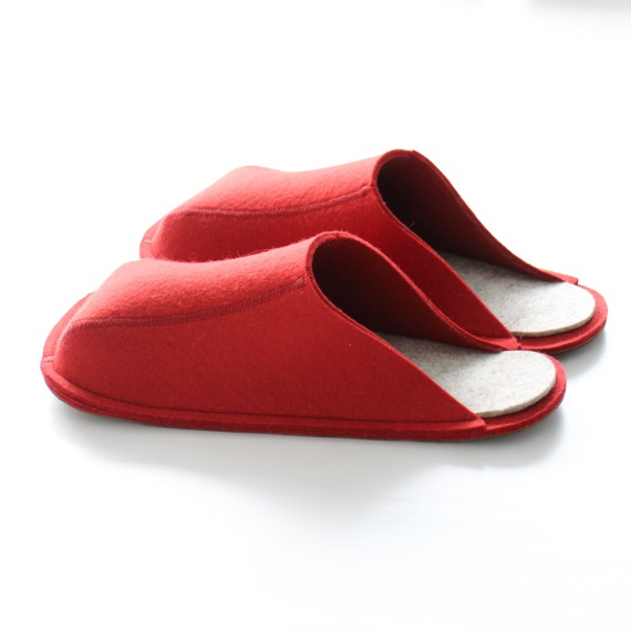 Red Unisex Slippers (S, M, L)