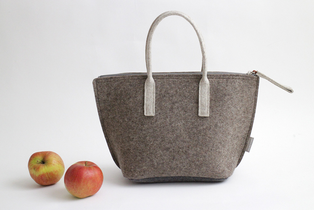 Lunch bag with water-resistant inner bag in Light Brown by Aika Felt Works